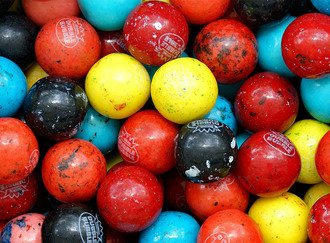 Berry Blast Gumballs 25 mm